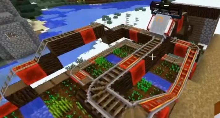 玩家利用模组建设的自动轨道系统